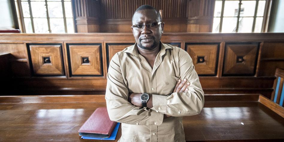 Edward Ronald Sekyewa, Executive Director, Hub for Investigative Media (HIM) at Mengo Court