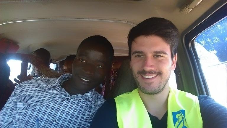 Ivan Mpaata und ich im Taxi-Bus